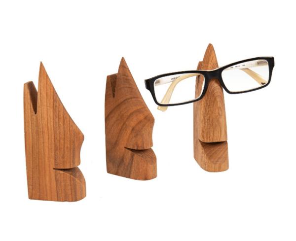 Brillenhalter aus Kirschholz